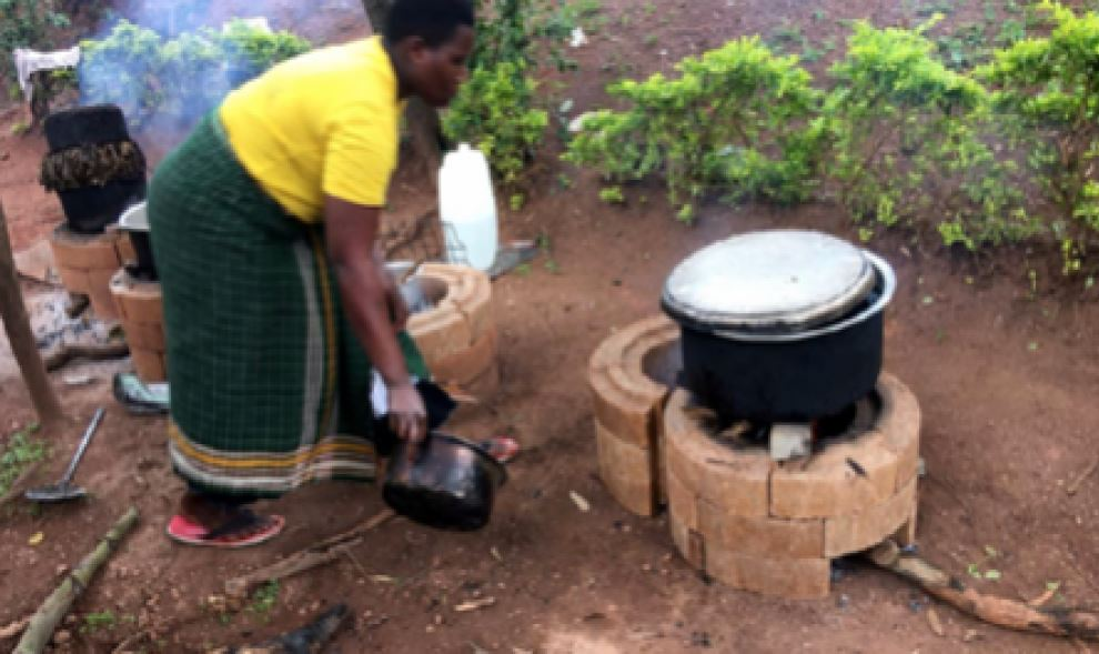 brick press - cooking stove in action